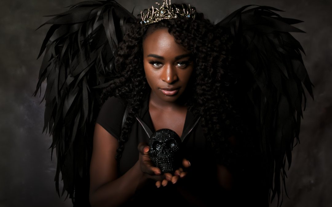 Capturing an Angel – Getting Creative with Wings for a Photosession